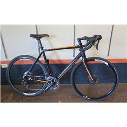Kona Essatto Road/Gravel Bike w/ Disc Brakes, Novatec Tires & Racing Handlebars, 56cm. Less than a y