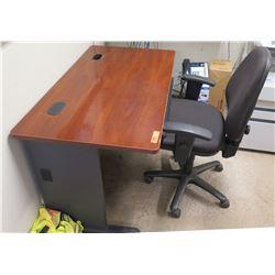 Wood Office Desk w/ Keyboard Shelf & Rolling Executive Office Arm Chair