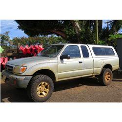 2000 Toyota Tacoma SR5 Truck - V6, Lic. KZC776, 301661 Miles (Runs & Drives, See Video)