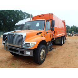 2007 INTERNATIONAL 7400 Garbage / Sanitation Truck