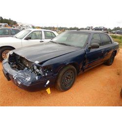 2005 FORD CROWN VICTORIA Car / SUV