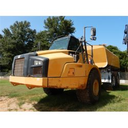 2012 CATERPILLAR 740B Water Wagon