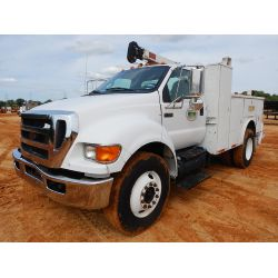 2011 FORD F750 Service / Mechanic / Utility Truck