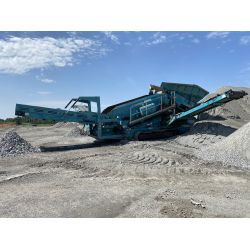2011 WARRIOR POWERSCREEN 1800 Aggregate Screening Plant