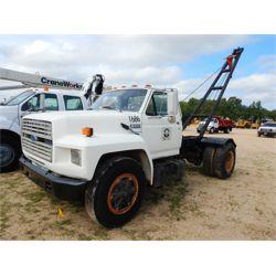 1994 FORD F700 Boom / Bucket / Crane Truck