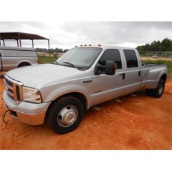 2006 FORD F350 SUPERCAB Pickup Truck