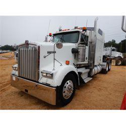 2005 KENWORTH W900 Sleeper Truck
