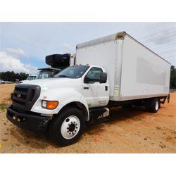 2013 FORD F750 Box Truck / Cargo Van