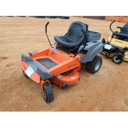 HUSQVARNA Z4218  ZERO TURN MOWER Mowing Equipment