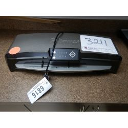 FELLOWES TITAN 125 laminating machine Office Equipment / Furniture