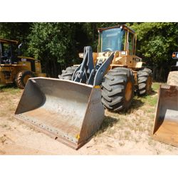 2001 VOLVO L90D Wheel Loader