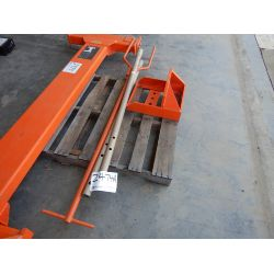 Axle Puller Tool
