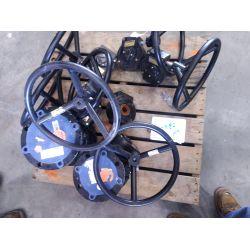 """6"""" 150# Ball valve, 4"""" 150# Vall valve, 7-Valve gear boxes, Dyna Torque Hand wheel actuator Miscella"""