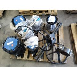 APPROX (6) Ball Valves APPROX  (2) gear boxes Miscellaneous