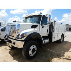 2015 INTERNATIONAL 7400 Fuel / Lube Truck