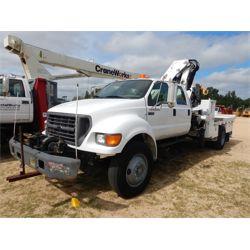 2003 FORD F750 Boom / Bucket / Crane Truck