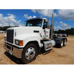 2017 MACK CHU613 Day Cab Truck