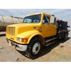1999 INTERNATIONAL 4700 Specialty Truck