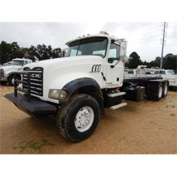2007 MACK CV713 GRANITE Roll Off Truck