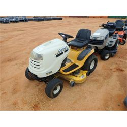 CUB CADET LT1045 Mowing Equipment