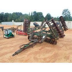 JOHN DEERE DISC HARROW 630 Tillage Equipment