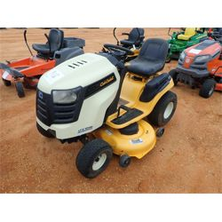CUB CADET LTX1046 Mowing Equipment