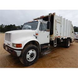 2000 INTERNATIONAL 4900 Garbage / Sanitation Truck
