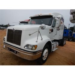 2006 INTERNATIONAL 9400i Sleeper Truck