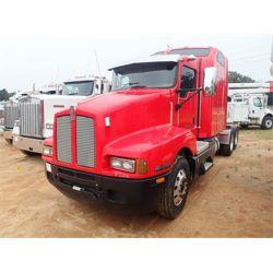 2007 KENWORTH T600 Sleeper Truck