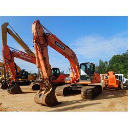 DOOSAN DX225LC Excavator
