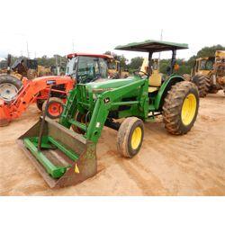 JOHN DEERE 5300 Tractor