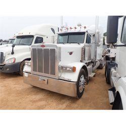 2004 PETERBILT 379 Sleeper Truck