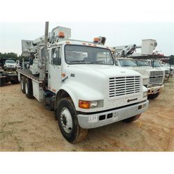1998 INTERNATIONAL 4900 Bridge Inspection / Ladder Truck