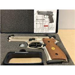 BERETTA MODEL 92FS .177 PELLET GUN WITH WALNUT GRIPS - NEW