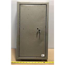 METAL WALL MOUNT LOCK BOX
