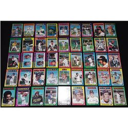 1975 Topps Partial Set 330 0f 600 George Brett Robin Yount Nolan Ryan Hank Aaron Weinfield Schmidt