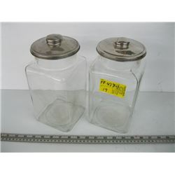 2 GLASS CONFECTIONARY CONTAINERS WITH LIDS