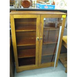 GLASS DOORED CABINET (MISSING ONE PC OF GLASS)