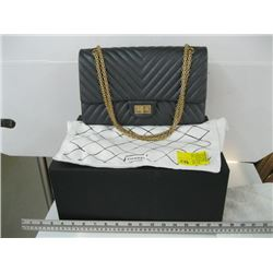 AUTHENTIC GREY CHANEL DOUBLE FLAP PURSE WITH ORIGINAL BOX & BAG VIN#24068911 (NO CARD) LOOKS UNUSED
