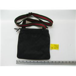 SMALL GUCCI BAG WITH RED/GREEN STRAP