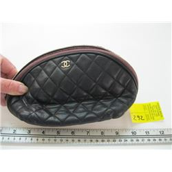 SMALL AUTHENTIC CHANEL BAG CARD #16941861