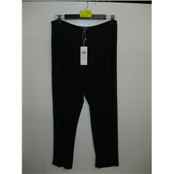 NWT PR OF MEDIUM EILEEN FISHER BLACK PANTS