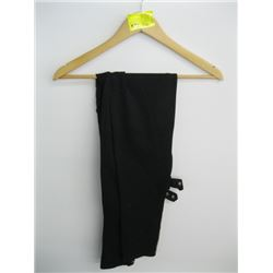 NWT PR OF BURBERRY BLACK PANTS (L)