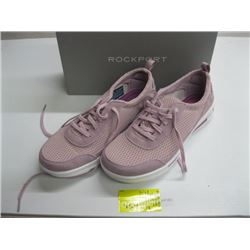 PR OF NEW ROCKPORT SIZE 9 RUNNERS