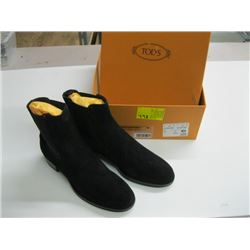 PR OF NEW TODS LOW SLIP ON BOOTS SIZE 38