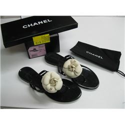 PR OF NEW CHANEL SIZE 38 SANDALS (WHITE FLOWERS)