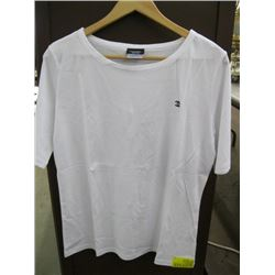 WHITE CHANEL T-SHIRT WITH LOGO SIZE LARGE