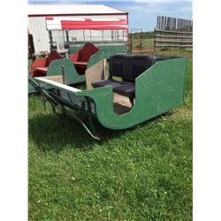 Cutter, 4 person, with flip up bench seat