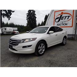 C6A --  2011 HONDA ACCORD CROSSTOUR EXL , White , 212772  KM's