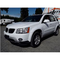 D5 --  2009 PONTIAC TORRENT  , White , 193564  KM's